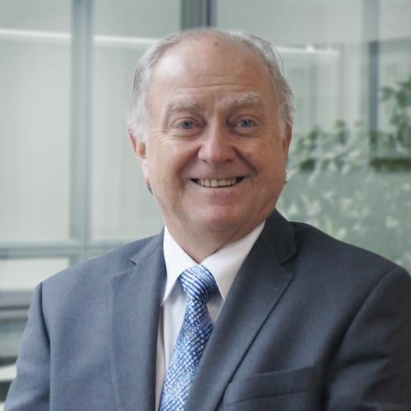 Eduardo Rizo-Patron Consultant Photo