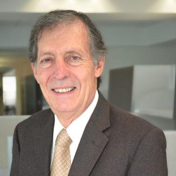 José Luis De Uriarte Photo