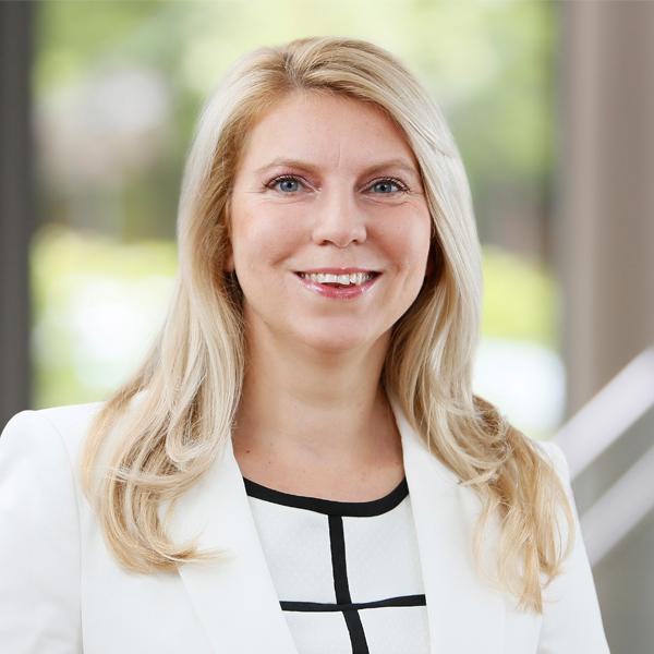 Judit Kollesch, Executive Search Consultant