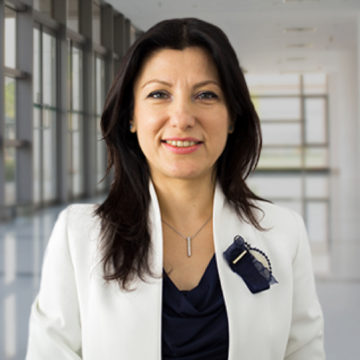 Cristina Postolache Photo